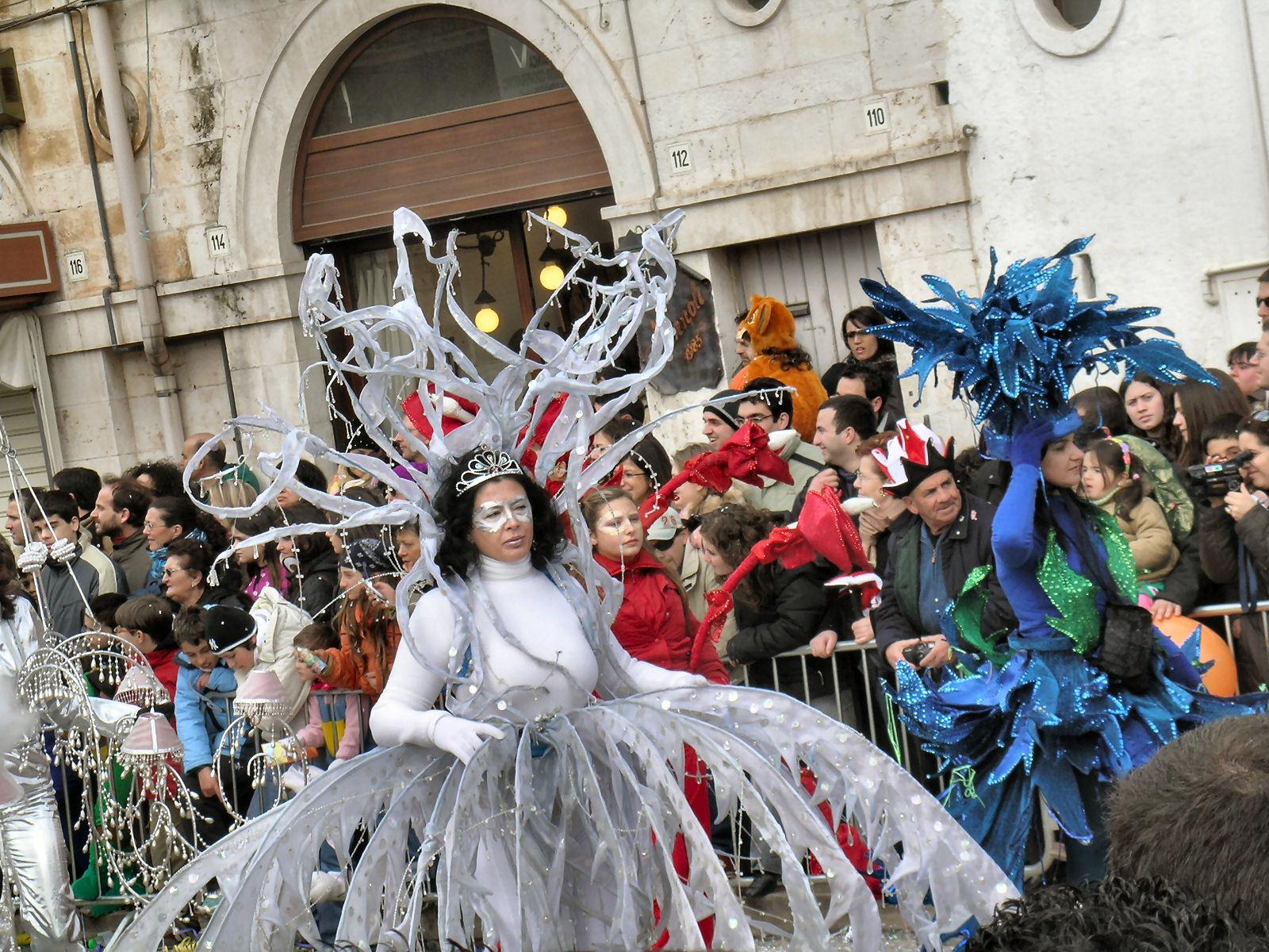 Immagini dalla 612^ edizione Carnevale Putignano 2006